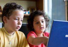 'Praat met kinderen over porno op internet'