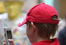 Sommige kinderopvangorganisaties hebben ervoor gekozen camera's op de groepen te plaatsen om zo te voldoen aan het vierogenprincipe.