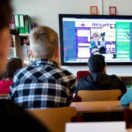 Kinderen leren eerder vreemde taal op school