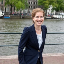 Wethouder Simone Kukenheim:'Amsterdam kijkt naar wat het beste is voor het kind. Het rijk kijkt nog steeds naar de ouders.'