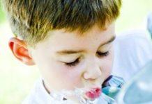 Water drinken in het kinderdagverblijf wordt gestimuleerd in de richtlijn.