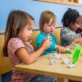'Kinderopvangorganisaties hanteren wél juiste opzegtermijn'