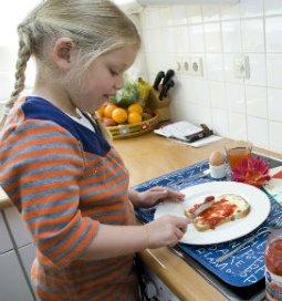 <p>Iets meer dan de helft van de ondervraagden gebruikt het voorbeeld-voedingsbeleid van het Voedingscentrum in de praktijk.</p>