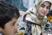 Moeders in deze groep zijn vaak van mening dat thuis de beste omgeving voor kinderen is.