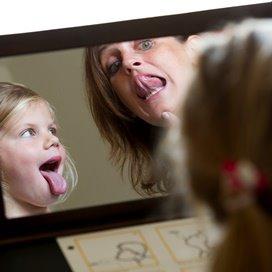 Logopedisten kunnen een rol spelen in Vroeg en Voorschoolse educatie in de kinderopvang. daarvoor pleit de NVLF (beroepsvereniging voor logopedisten).