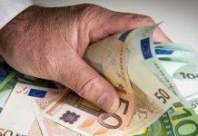 De mannen zouden miljoenen euro's aan onterechte subsidieshebben binnengehengeld voor hun cliënten.