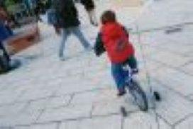 Kinderen fietsen steeds minder