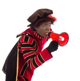 De onderzoekers gaan bij zo'n tweehonderd gezinnen langs om aan de hand van spelletjes erachter te komen hoe kinderen van 5 tot 7 jaar oud tegen Zwarte Piet aankijken.