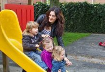 Landstede in zee met Duitse kinderopvang