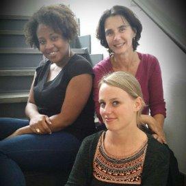 De drie inspecteurs die het onderzoek hebben uitgevoerd: Eva Leyen (voor)