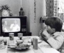 Veel tv kijken zorgt voor probleempeuter