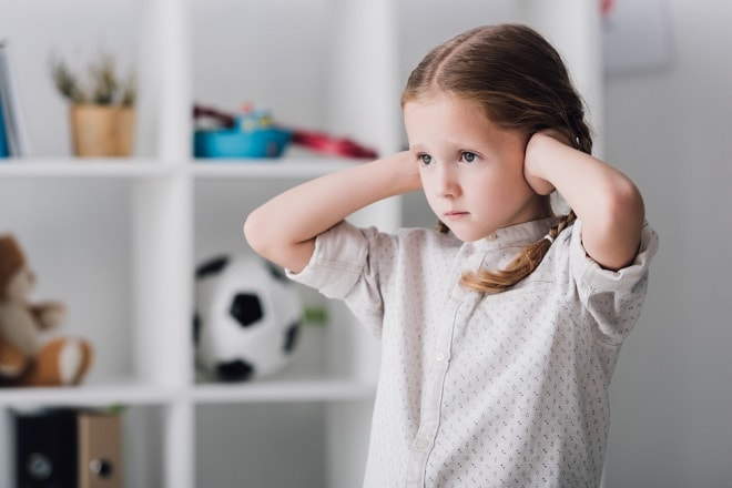 hoe-help-je-kinderen-die-onder-coronastress-lijden