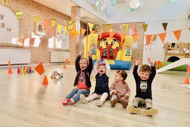feest-op-de-kinderopvang-tijdens-de-kleine-koningsspelen-2021