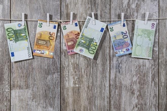 crisis-bij-de-belastingdienst-compensatie-toeslagenaffaire-loopt-vast